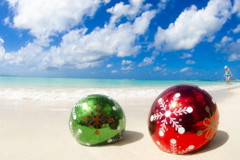 Singing Christmas Tree Crescent City 2020 Christmas in the Cayman Islands 2020| Explore Cayman